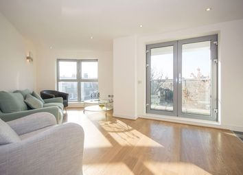 Thumbnail 2 bedroom flat to rent in Battersea Square, Battersea