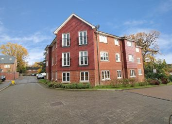 Thumbnail 2 bed flat to rent in Southgate, Crawley, West Sussex.