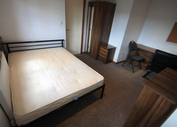 Thumbnail Studio to rent in Park Street, Luton
