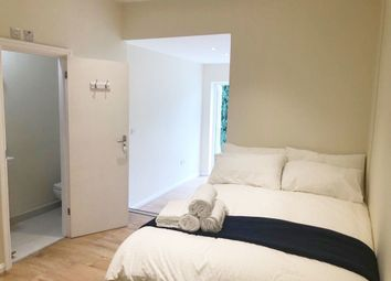 1 bed flat to rent in Burnley Road, Willesden Green, London NW10