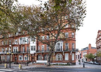 Thumbnail 2 bedroom flat for sale in Chelsea Embankment, Chelsea, London