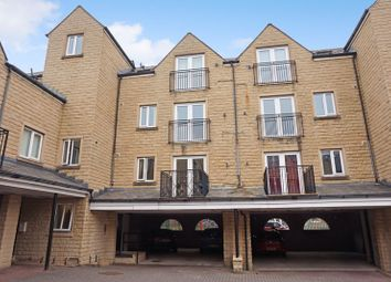 2 bed flat for sale in West View, Boothtown, Halifax HX3