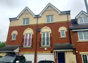 Thumbnail 3 bed town house to rent in Union Street, Dunstable