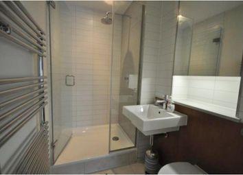 Room to rent in Gifford Street, London N1