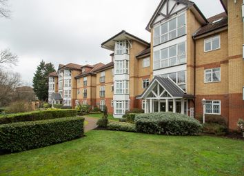 Thumbnail Flat for sale in Riverside Gardens, Finchley