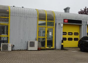 Thumbnail Warehouse to let in Unit 17 Enterprise Estate, Slyfield Industrial Estate, Moorfield Road, Guildford, Surrey