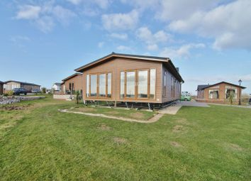 2 bed mobile/park home for sale in Wyre Country Park, Hambleton FY6