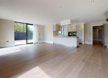 3 bed flat for sale in Montgomerie Lodge, High Road, Chigwell IG7