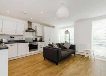 Thumbnail 2 bed flat to rent in High Street, Brentford