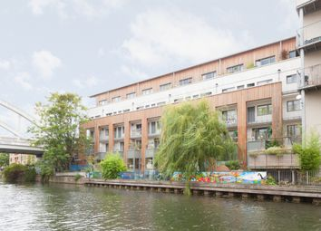 Thumbnail 2 bed flat to rent in Timber Wharf, Kingsland Road, Haggerston