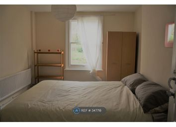 Thumbnail Room to rent in Benson Road, London