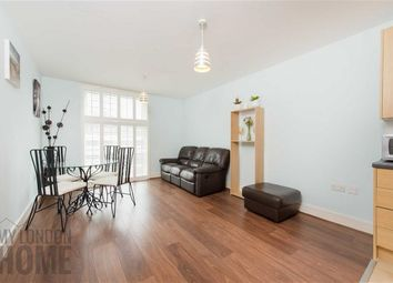 Thumbnail 1 bed flat to rent in Warwick Building, Chelsea Bridge Wharf, Battersea, London