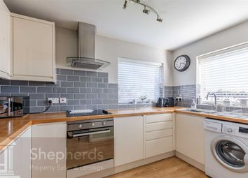 Thumbnail 2 bed flat for sale in Hertford Road, Hoddesdon, Hertfordshire