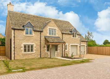 Thumbnail 5 bedroom detached house for sale in Oakwood Place, Lew Road, Curbridge