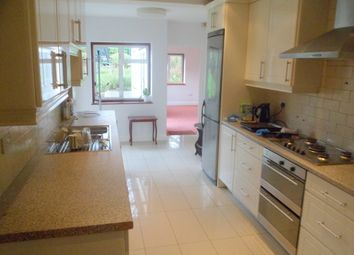 Thumbnail 4 bedroom detached house to rent in Arnos Grove, Southgate, London