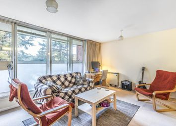 Thumbnail 2 bed flat to rent in Nether Street N3, Finchley Central,