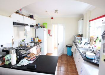 6 bed terraced house to rent in Mackintosh Place, Roath, Cardiff. CF24