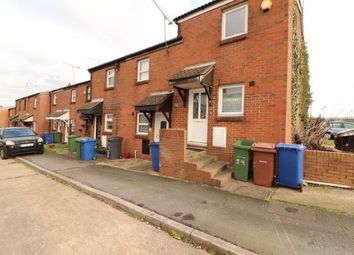 2 bed property to rent in Water Lane, Purfleet RM19