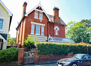 Thumbnail 1 bed flat to rent in Lower Teddington Road, Hampton Wick, Kingston Upon Thames