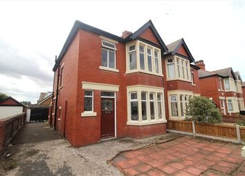 3 bed property for sale in Faringdon Avenue, Blackpool FY4