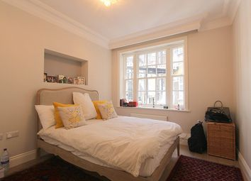 Thumbnail 4 bed flat to rent in Malvern Court, Onslow Square, South Kensington