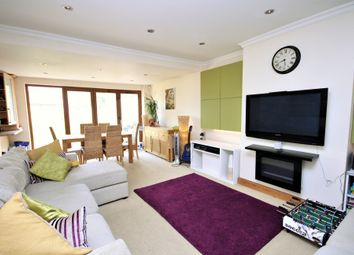 Thumbnail 4 bed bungalow to rent in Woodford Crescent, Pinner