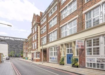 Thumbnail 2 bed flat for sale in Oxford Drive, London