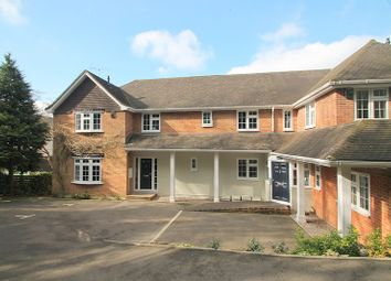 Thumbnail 2 bed property to rent in Westview Road, Warlingham