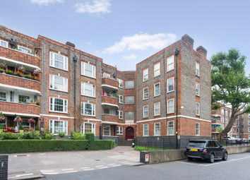 Thumbnail 2 bed flat for sale in Torriano Avenue, London