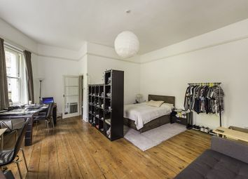 Thumbnail Studio to rent in Clapham Common North Side, London