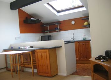 Thumbnail 2 bedroom flat to rent in Magdalen Road, Oxford