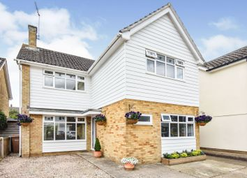 Spalding Way, Chelmsford CM2. 4 bed detached house
