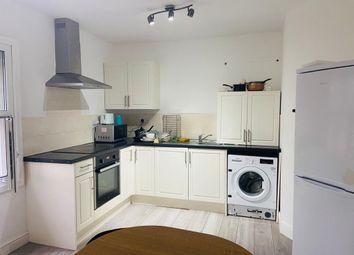 Thumbnail 4 bed flat to rent in De Montfort Street, Leicester