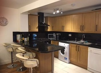 Thumbnail 2 bed flat to rent in Burstock Road, Putney