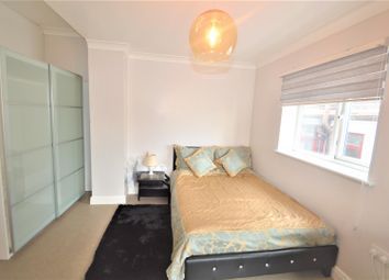 Thumbnail Studio to rent in Hillington Gardens, Woodford Green