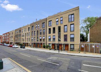Thumbnail 3 bedroom flat to rent in Akerman Road, London