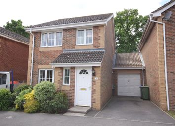 3 bed link-detached house for sale in Little Fox Drive, Park Gate, Southampton SO31