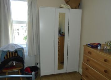 Thumbnail 1 bed flat to rent in Ranleigh Road, Wood Green