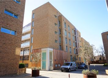 Thumbnail 1 bed flat for sale in 5 Kidwells Close, Maidenhead