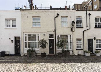 Thumbnail 3 bedroom property to rent in Montagu Mews North, London