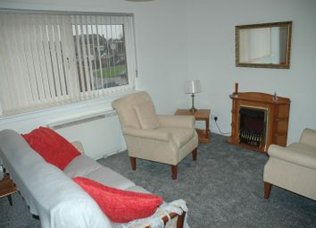 Thumbnail 2 bed flat for sale in Smeaton Gardens, Kirkcaldy