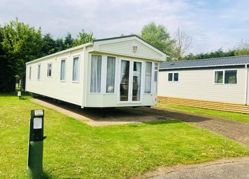2 bed mobile/park home for sale in Silverhill Holiday Park, Lutton Gowts, Long Sutton PE12