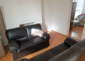 Thumbnail 3 bed flat to rent in King Street, Southall