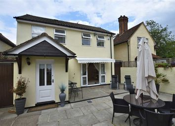 Thumbnail 2 bed detached house for sale in Hemnall Street, Epping