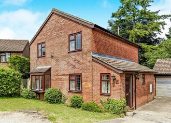 Thumbnail 4 bedroom detached house for sale in Maywater Close, Sanderstead, South Croydon, .