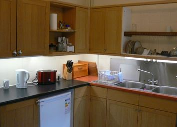 Thumbnail Room to rent in Abbey Road, Cambridge