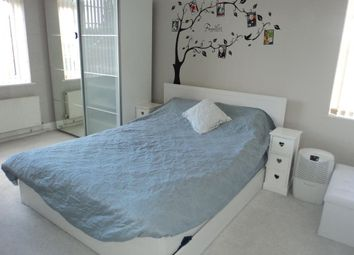 Thumbnail 2 bed flat for sale in Maiden Lane, Crayford, Kent