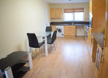 Thumbnail Room to rent in Almond Grove, Brentford, London