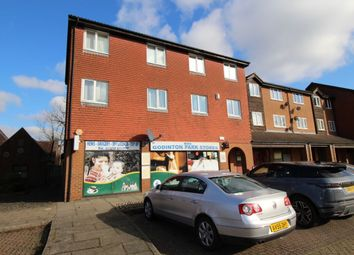 2 bed flat for sale in Loudon Way, Ashford TN23