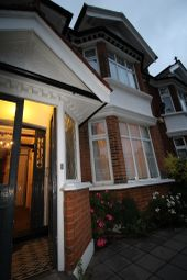 Thumbnail 6 bed end terrace house to rent in Downton Avenue, Streathem Hill